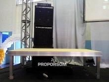 """Praticavel """"Palco de alumínio, podendo acoplar varias peças, montando vários tamanhos de palcos"""""""